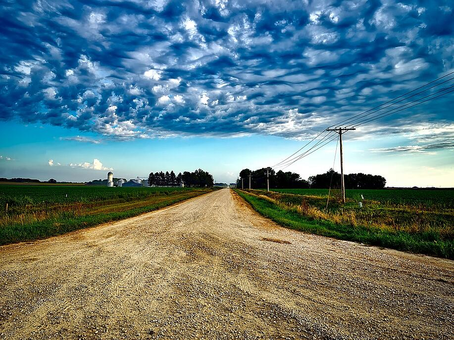 Iowa farm road.jpg