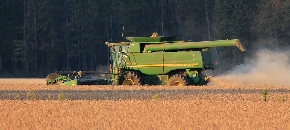 Owning vs. Leasing Equipment—What's Best for Your Farm?
